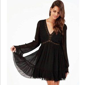 Bohemian Back Mini Dress Bell Sleeved CLEOBELLA S